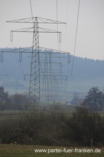 Stromtrassen durch Franken